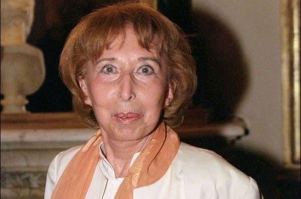 Hommage a Cora Vauclaire